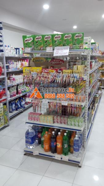 kệ bày hàng tạp hóa tại Văn Chấn, Yên Bái