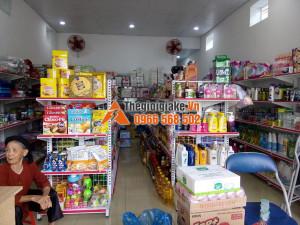 Kệ bày hàng tạp hóa tại Lộc Bình, Lạng Sơn