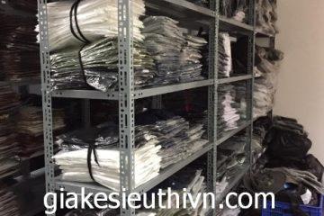 Lắp kệ sắt để quần áo tại Long Biên