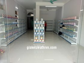 kệ siêu thị sữa